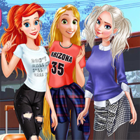 Free online flash games - Princess First College Party game - Games2Dress
