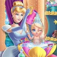 Free online flash games - Cinderella Baby Wash Girlg game - Games2Dress