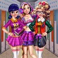 Free online flash games -  2018 Girls Fashion Week game - Games2Dress
